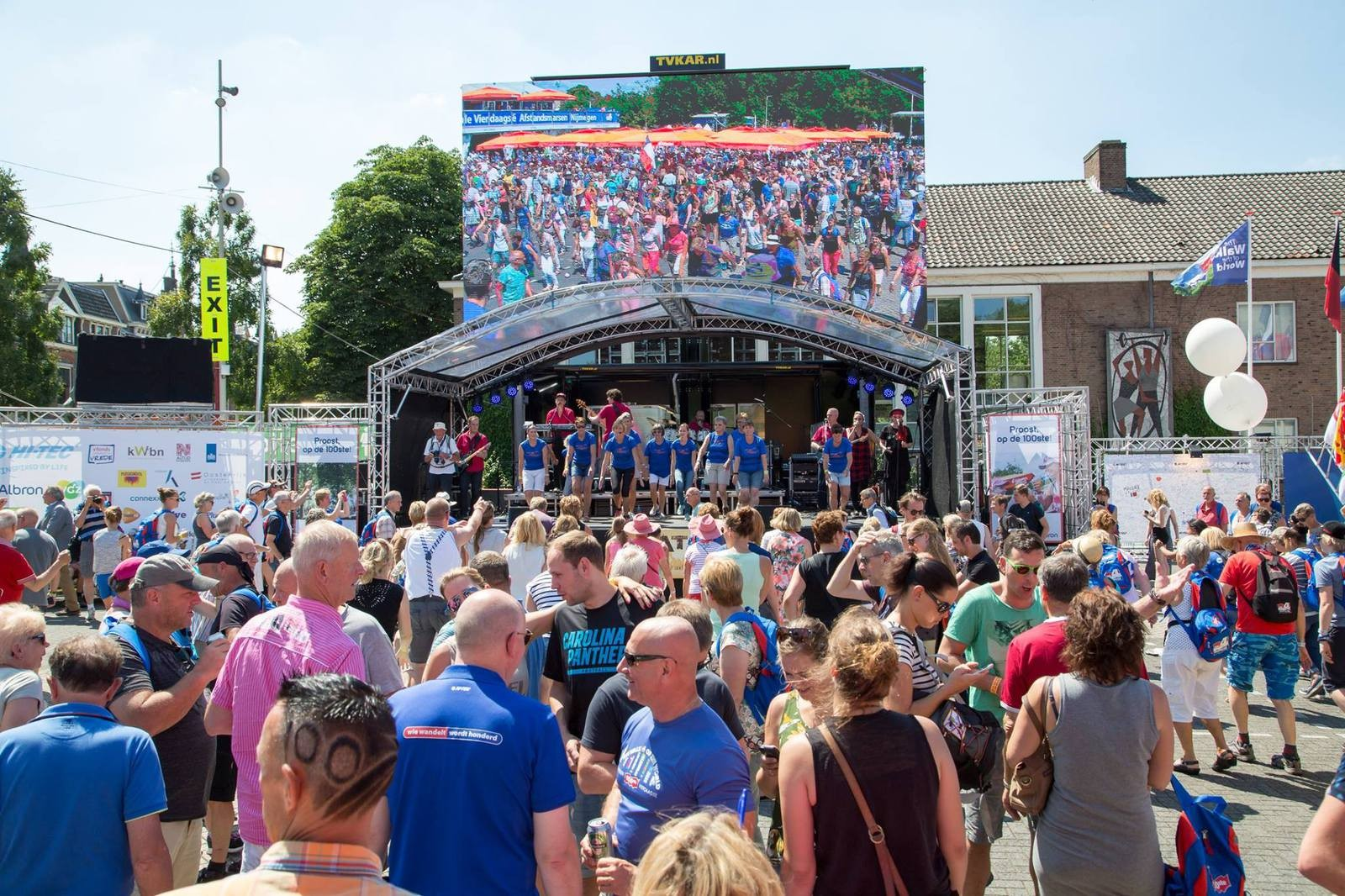 20160718 Catch Op Podium Met Olga Commandeur En Parkinson Vereniging